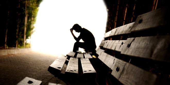 Mất tiền mất cả vợ, đến khi cùng quẫn nhất, người đàn ông nhận được thứ bấy lâu khát khao tìm kiếm - Ảnh 1.