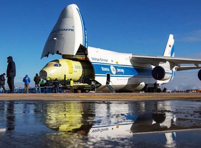 [ẢNH] Chương trình nâng cấp siêu vận tải cơ An-124 của Nga gặp khó - Ảnh 11.