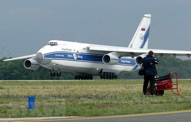 [ẢNH] Chương trình nâng cấp siêu vận tải cơ An-124 của Nga gặp khó - Ảnh 13.