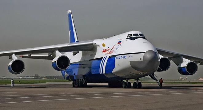 [ẢNH] Chương trình nâng cấp siêu vận tải cơ An-124 của Nga gặp khó - Ảnh 2.