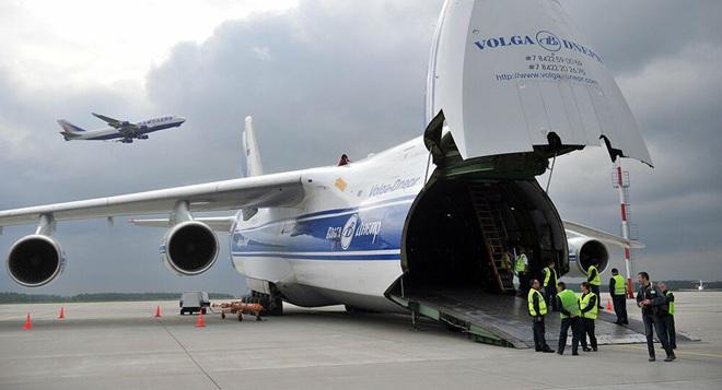 [ẢNH] Chương trình nâng cấp siêu vận tải cơ An-124 của Nga gặp khó - Ảnh 3.