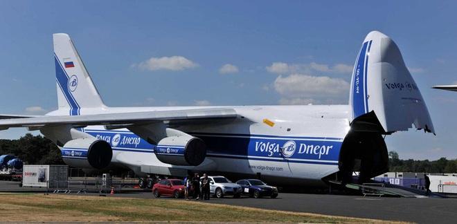 [ẢNH] Chương trình nâng cấp siêu vận tải cơ An-124 của Nga gặp khó - Ảnh 4.