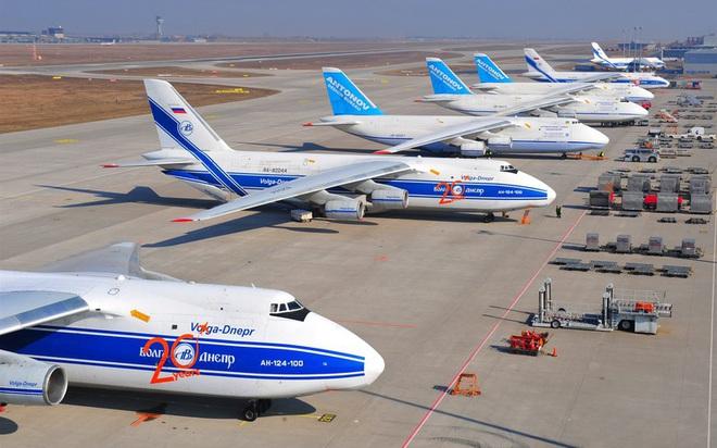 [ẢNH] Chương trình nâng cấp siêu vận tải cơ An-124 của Nga gặp khó - Ảnh 8.