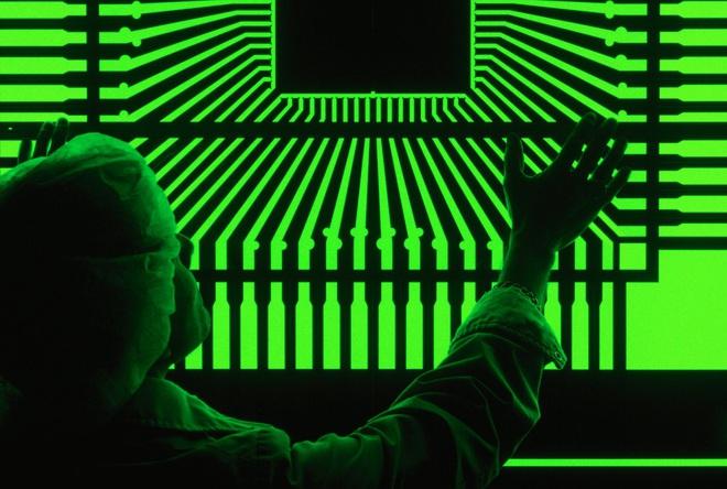 Cựu CEO Google cảnh báo: Mỹ có thể thất bại trước Trung Quốc về công nghệ trong 10 năm tới - Ảnh 3.