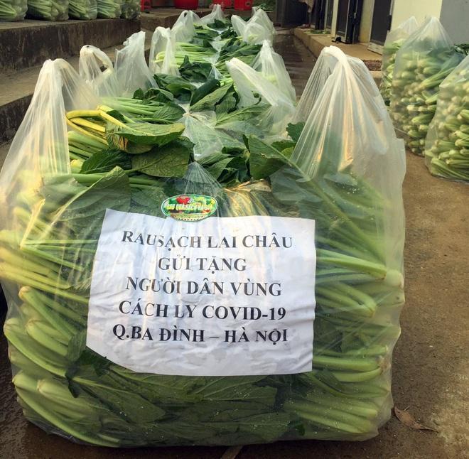 Chủ doanh nghiệp ở Lai Châu gửi hàng tấn rau ủng hộ người dân khu cách ly dịch Covid-19 ở Hà Nội - Ảnh 1.