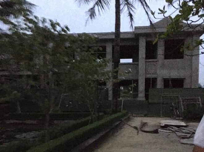 Sập mái tầng 2 ở Trụ sở UBND xã, 1 người bị đè tử vong - Ảnh 2.