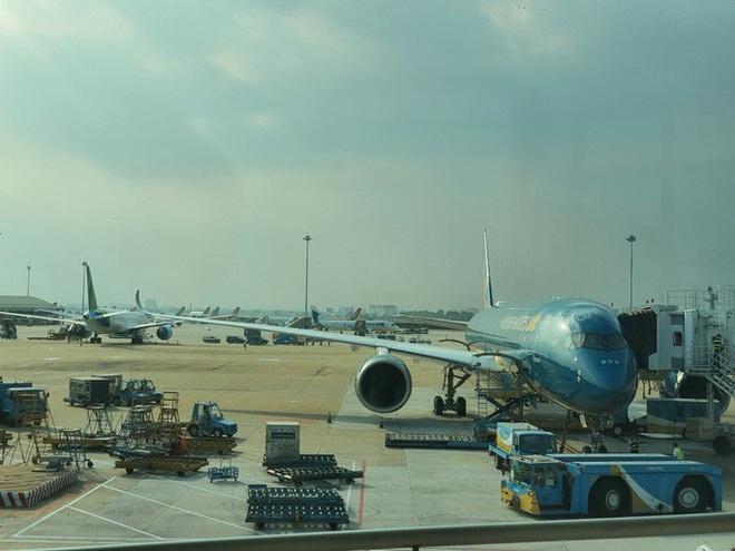 Hàng loạt dịch vụ hàng không được miễn, giảm giá - Ảnh 1.