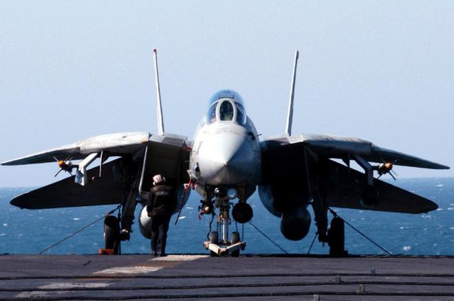 [ẢNH] Mèo đực F-14 Tomcat trên tàu sân bay Mỹ, uy lực và huyền thoại - ảnh 15