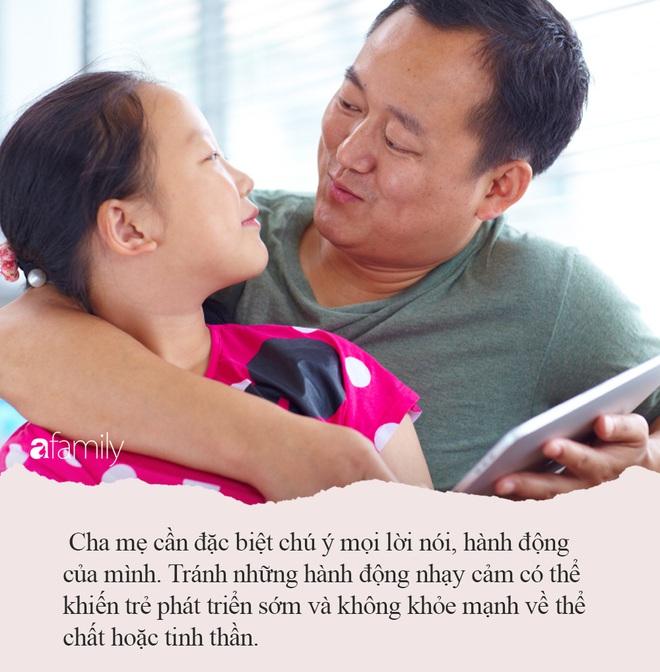 Thấy bố nằm cởi trần, con gái nhỏ ra hỏi 1 câu khiến bố ngượng đỏ mặt, mặc lại áo ngay lập tức - ảnh 3