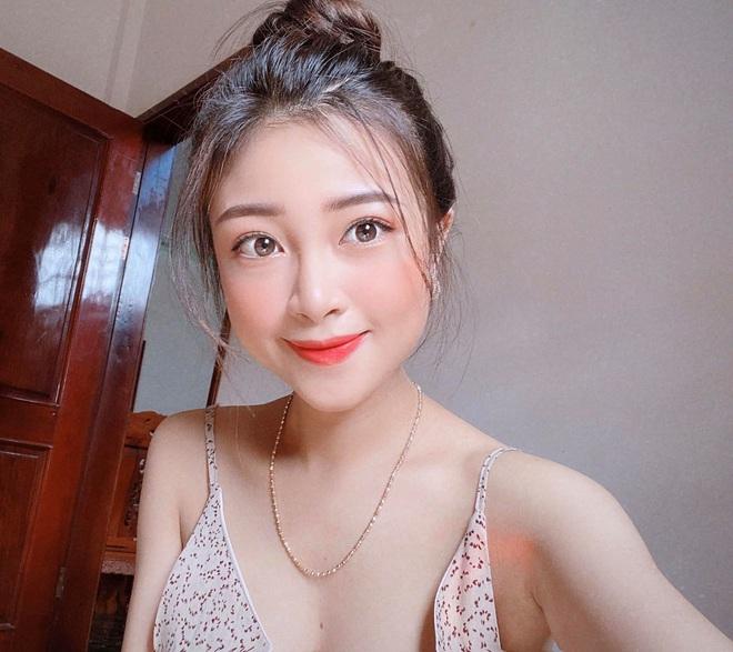 Hot girl Nhật Linh vợ Văn Đức ở ẩn nhất quyết không khoe bụng bầu, song nhan sắc ngày càng cuốn hút nhờ mái tóc ngắn - Ảnh 7.