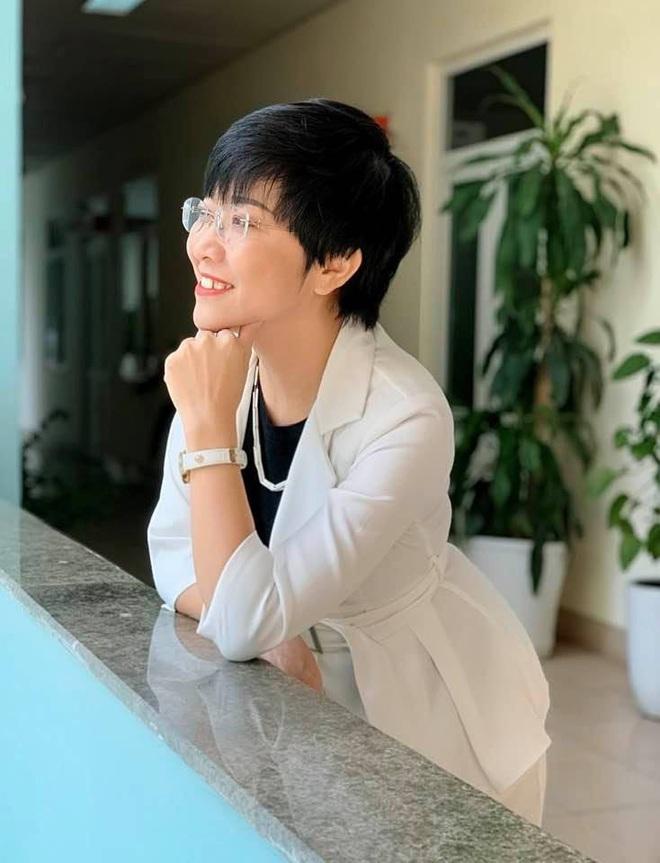 MC Thảo Vân: Đại dịch đã đánh thức lương tri, sự nhân văn, nhân hậu sẵn có trong trái tim mọi người - Ảnh 1.