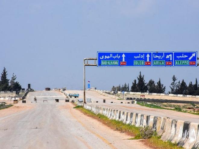 Lệnh ngừng bắn còn chưa ráo mực, Thổ Nhĩ Kỳ đã đưa hệ thống phòng không đến Idlib: Ý định đe dọa máy bay Nga? - ảnh 3