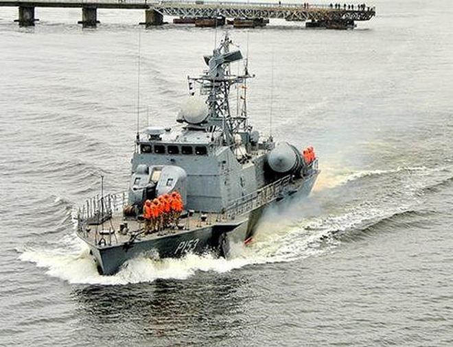 Tuần dương hạm của Nga bị tàu tên lửa Ukraine 'truy sát' ở Biển Đen? - ảnh 2