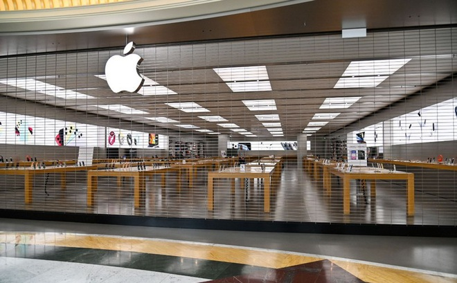 Tình huống trớ trêu: Khách hàng gửi máy để sửa tại Apple Store không thể lấy máy cho tới khi cửa hàng mở trở lại