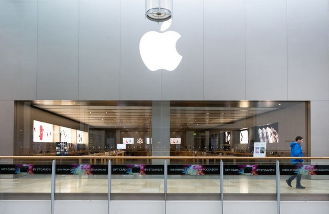 Tình huống trớ trêu: Khách hàng gửi máy để sửa tại Apple Store không thể lấy máy cho tới khi cửa hàng mở trở lại - Ảnh 1.