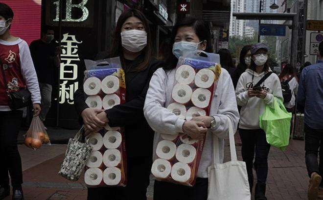 Covid-19: Chuyên gia tâm lý giải thích nguyên nhân người dân đổ xô đi mua giấy vệ sinh