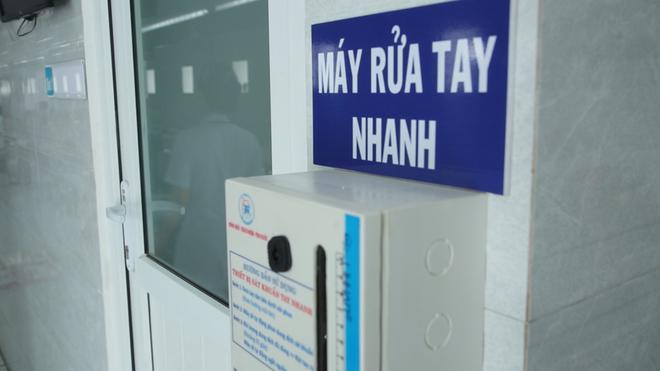 [Dịch Covid-19 ngày 23/3]: Ca bệnh 123 là cô gái từng sống ở Malaysia 3-4 tháng - Cục Quân y đề nghị các gia đình không tiếp tế đồ ăn cho người cách ly - Ảnh 5.