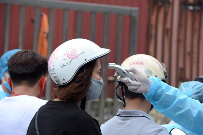 """[Dịch Covid-19 ngày 23/3]: Thêm 2 ca bệnh là người Việt từ Campuchia về; Phó Thủ tướng Vũ Đức Đam: """"Tình huống xấu nhất, chúng tôi dự tính tới 30.000 trường hợp bị nhiễm - Ảnh 5."""