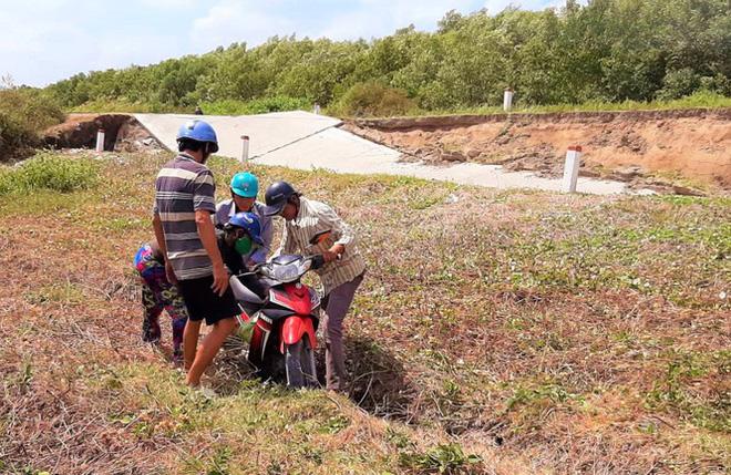 Sụt lún kinh hoàng vùng ngọt hoá Cà Mau - Ảnh 4.
