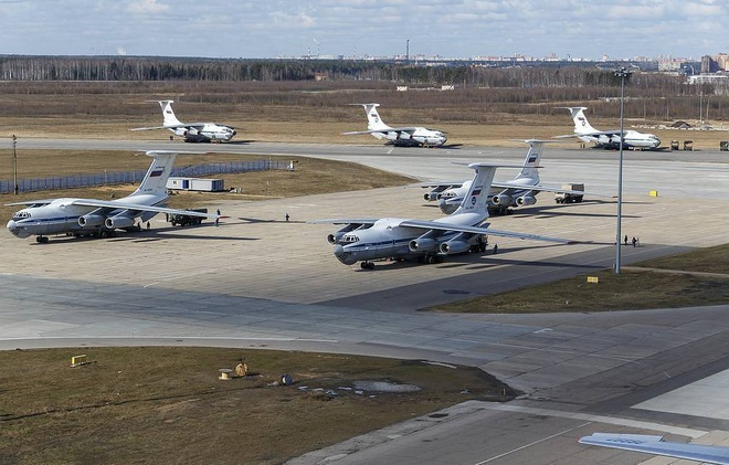Vận tải cơ IL-76 của Nga phải mua đường khi tới Italia: Sự đoàn kết trên giấy của NATO? - Ảnh 3.