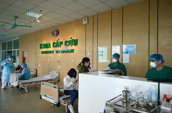 Lý giải việc bác sĩ Bệnh viện Bệnh Nhiệt đới Trung ương nhiễm Covid-19, nhiều bệnh nhân nặng hơn - Ảnh 1.