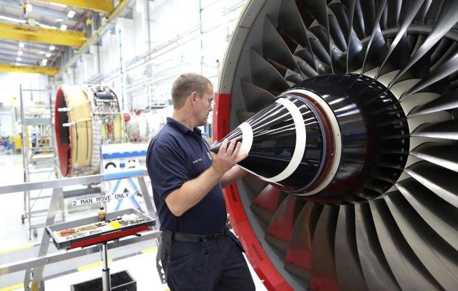 Boeing 787 Dreamliner đưa kiều bào VN về nước giữa dịch Covid-19 hiện đại như thế nào? - Ảnh 7.