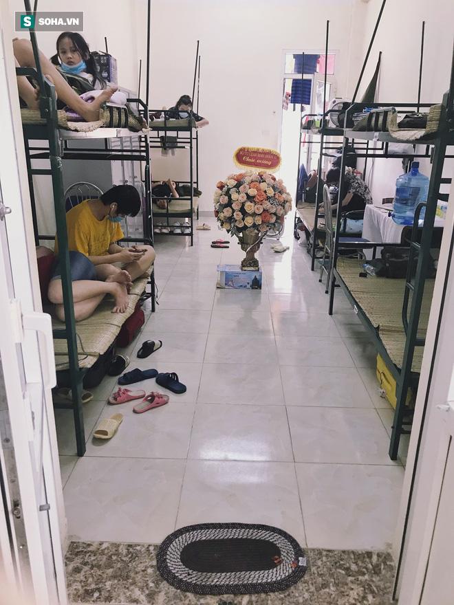 Đang ở phòng cách ly tập trung, nữ du học sinh được gọi ra ngoài và diễn biến bất ngờ sau đó - Ảnh 4.