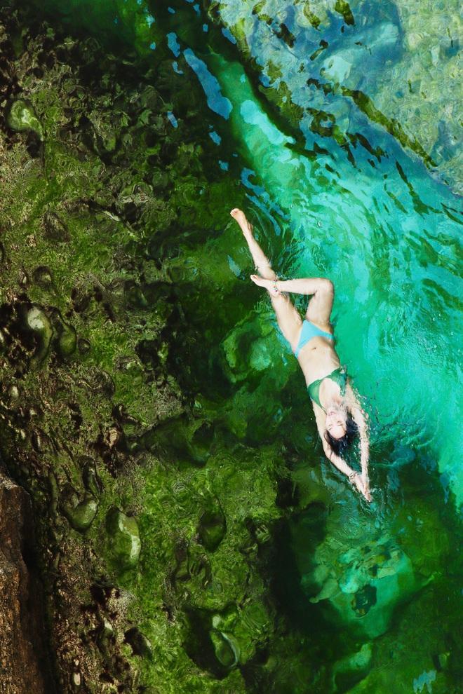 Bộ ảnh tập Yoga vòng quanh thế giới tuyệt đẹp, danh tính của nhân vật chính còn gây bất ngờ hơn - Ảnh 10.