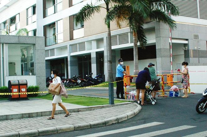 Dịch Covid-19 ngày 25/3: Việt Nam có 134 ca dương tính, nghi ngờ lây nhiễm chéo ở Bệnh viện Bạch Mai - Ảnh 2.