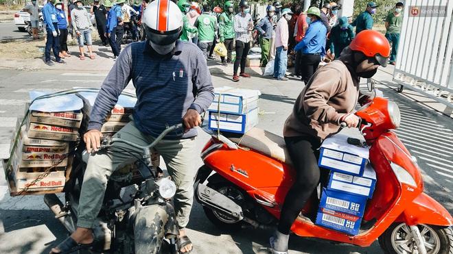 Dịch Covid-19 ngày 25/3: Việt Nam có 134 ca dương tính; Nhiều người dân đi tiếp tế tại khu vực cách ly gây khó khăn cho công tác phòng chống dịch - Ảnh 1.