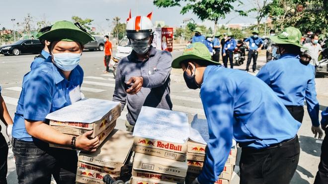 Dịch Covid-19 ngày 25/3: Việt Nam có 134 ca dương tính; Nhiều người dân đi tiếp tế tại khu vực cách ly gây khó khăn cho công tác phòng chống dịch - Ảnh 2.