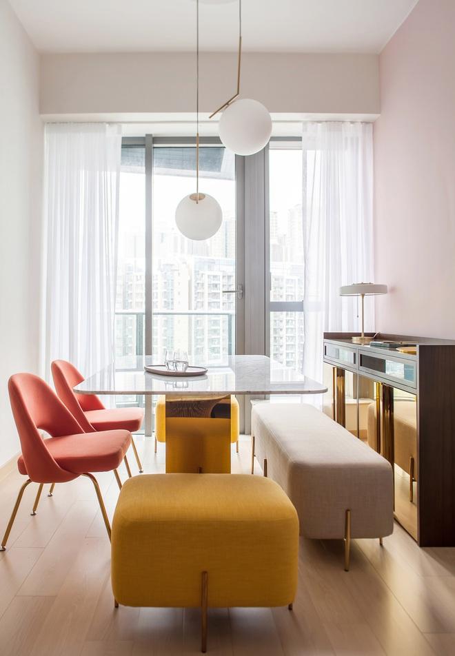 Từ nhàm chán nhạt nhẽo, căn hộ 46m² đã được lột xác với tường và đồ nội thất có màu rực rỡ - Ảnh 3.