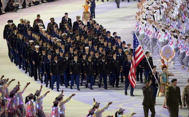 """Dư luận TQ nổi bão đòi """"làm cho ra lẽ"""" tin sĩ quan Mỹ là bệnh nhân COVID-19 số 0 ở Vũ Hán"""
