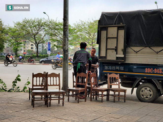 Trung tâm Hà Nội vắng lặng khi hàng loạt quán cà phê, hàng ăn đồng loạt đóng cửa - Ảnh 9.