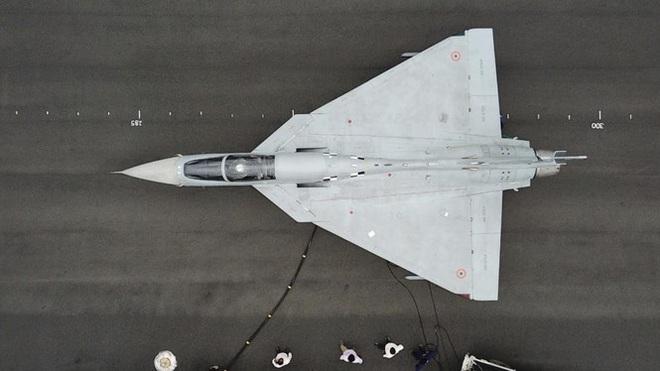 Chê Su-57 Nga, Ấn Độ tập trung tiêm kích trong nước, tưởng rẻ mà quá đắt - Ảnh 1.