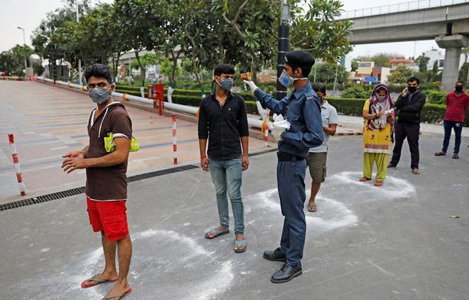 Covid-19: Ấn Độ rối vì lệnh phong tỏa toàn quốc - ảnh 7
