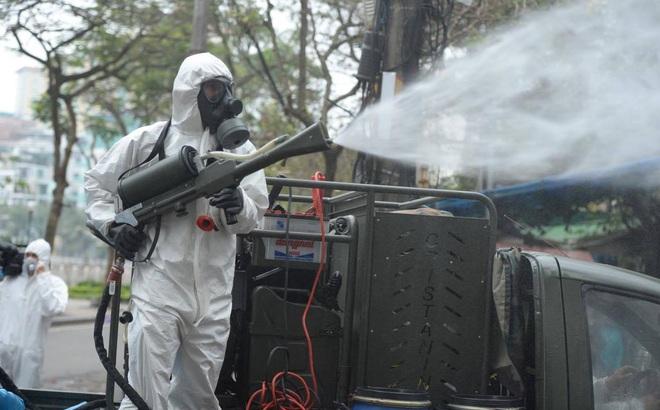 Hải Phòng phun khử trùng tất cả các khu công cộng để phòng, chống dịch Covid-19