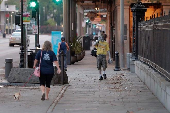 Covid-19 ở Mỹ: Thêm bang Illinois đại thảm họa, TP New Orleans bên bờ vực - Ảnh 2.