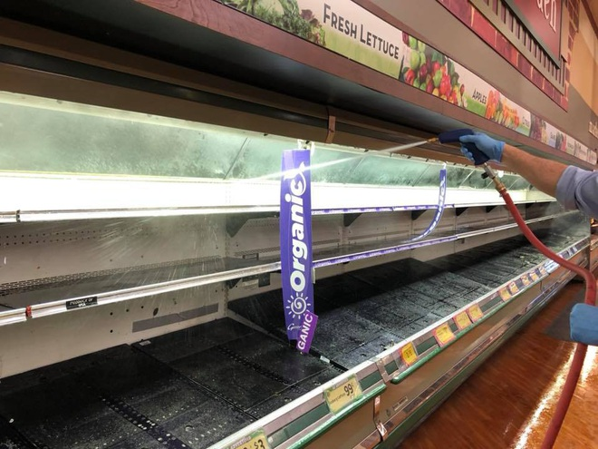 Mỹ: Nữ khách hàng bí ẩn ho vào nhiều mặt hàng, siêu thị phải hủy bỏ số thực phẩm trị giá 35.000 USD - Ảnh 1.