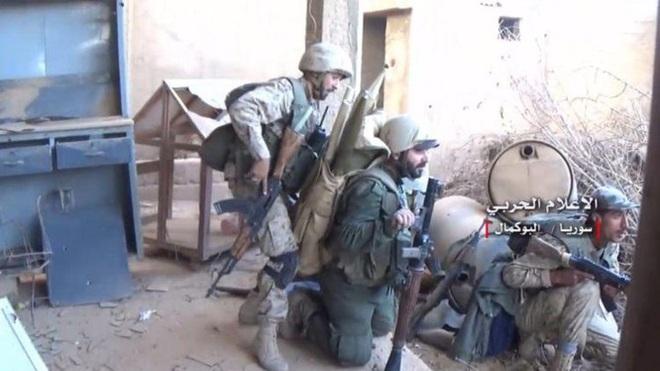 Gà nhà loạn đả, quân Thổ Nhĩ Kỳ hỗn loạn mất kiểm soát - Đại tướng Shoigu vừa đi, QĐ Nga-Syria lập tức đạn lên nòng - Ảnh 1.