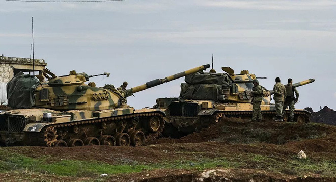 Tên lửa hành trình Kalibr Nga bay tới tấp ngoài khơi Syria, Mỹ báo động toàn bộ lực lượng ở Iraq - Ảnh 1.