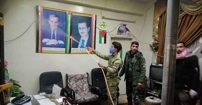 Báo Israel: Đại dịch Covid-19 đang tạo ra cơ hội vàng giúp quân đội Syria đại thắng? - Ảnh 4.