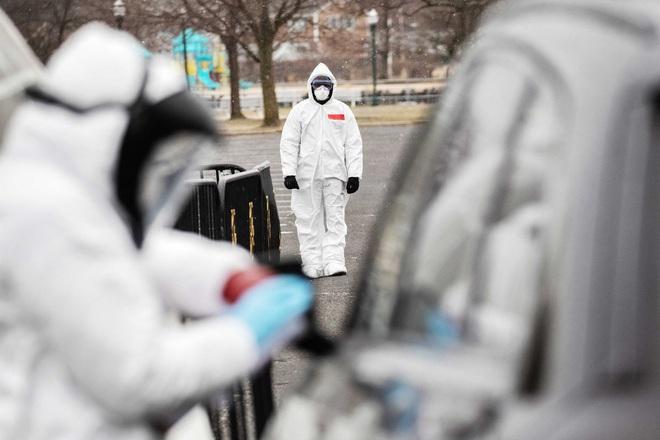 Đứng đầu thế giới về số ca nhiễm COVID-19: Điều gì đang xảy ra với quá trình chống dịch ở Mỹ? - Ảnh 3.