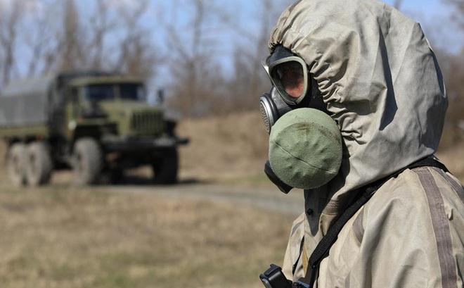 Tổng thống Putin đã ra lệnh cho Quân đội Nga chống đại dịch COVID-19 thế nào?