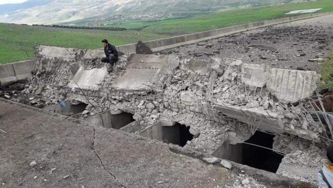 3.000 tù binh IS vượt ngục trước mũi lực lượng Mỹ, Syria có ca tử vong vì Covid-19 đầu tiên - Ảnh 2.