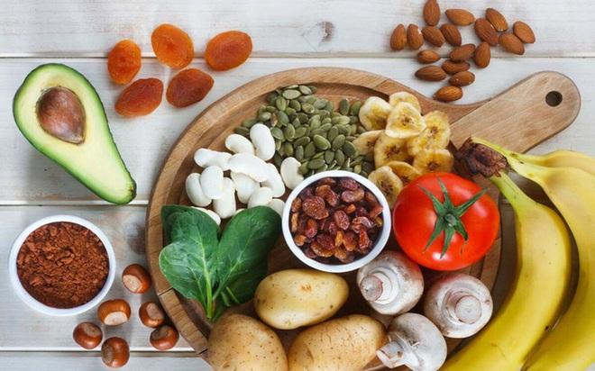 Thực phẩm giúp người cao tuổi tăng cường sức đề kháng - Ảnh 4.