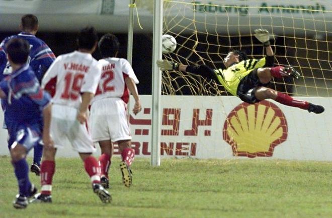 Kỷ lục khó xô đổ của bóng đá Việt Nam và nỗi đau day dứt bởi độc chiêu từ người Thái - Ảnh 5.