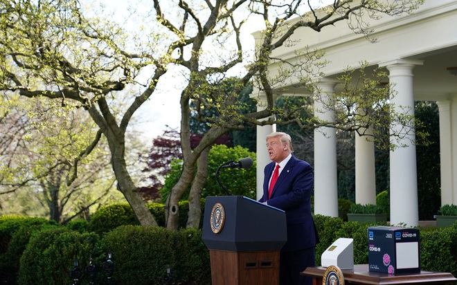 Số ca nhiễm COVID-19 tại Mỹ vượt mốc 161.000 người, TT Trump tuyên bố 30 ngày tới rất quan trọng - Ảnh 1.