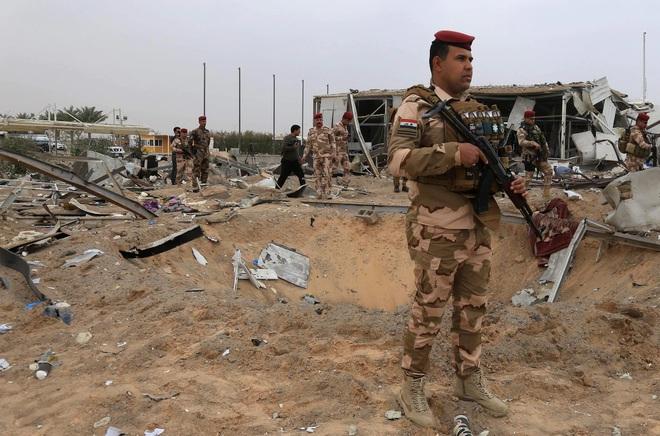 Bị đánh vỗ mặt ở Iraq, Mỹ đưa 2 căn cứ Iran vào tầm ngắm: TT Trump đã nhanh tay hiệu chỉnh? - Ảnh 4.