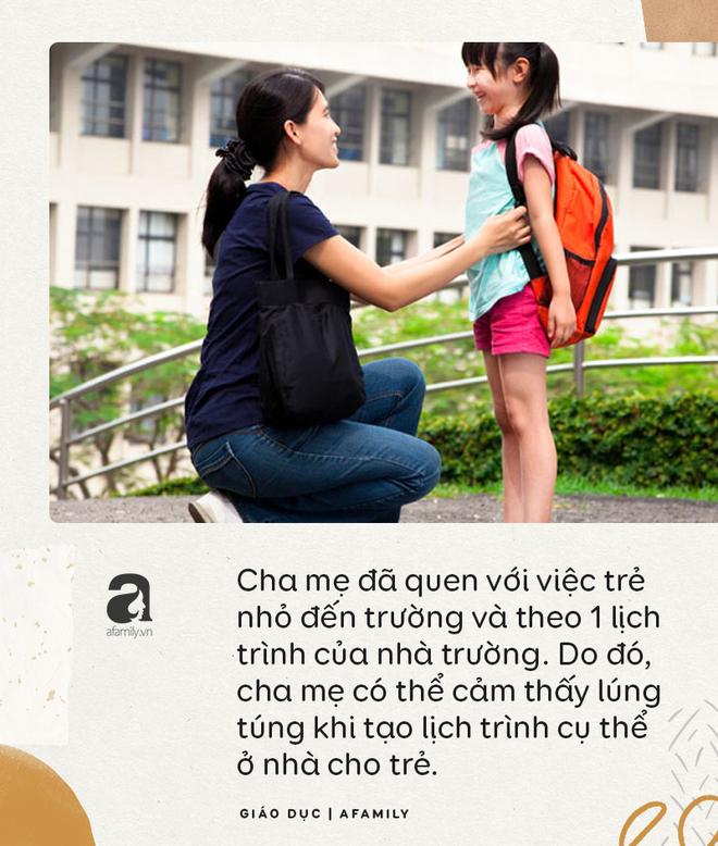 Tác giả cuốn Làm mẹ không áp lực chỉ ra những lưu ý quan trọng để giúp trẻ học ở nhà hiệu quả - Ảnh 1.